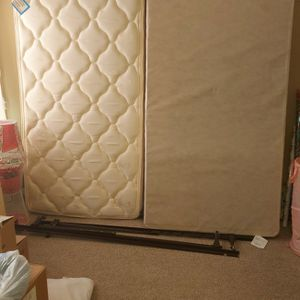 Twin Size Bed for Sale in Kennesaw, GA