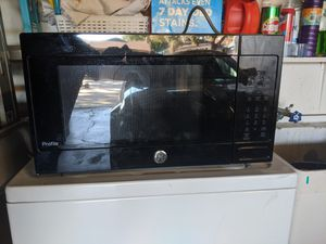 GE/ microwave oven for Sale in Stockton, CA