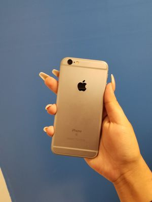 iPhone 6s 32 gb UNLOCKED for Sale in Dallas, TX