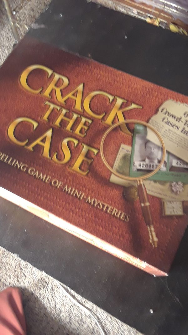 Crack the Case board game