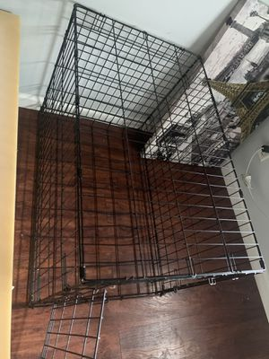 Large dog crate for Sale in Oviedo, FL