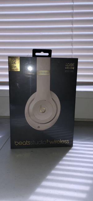 beats studio 3 wireless headphones for Sale in Glassport, PA