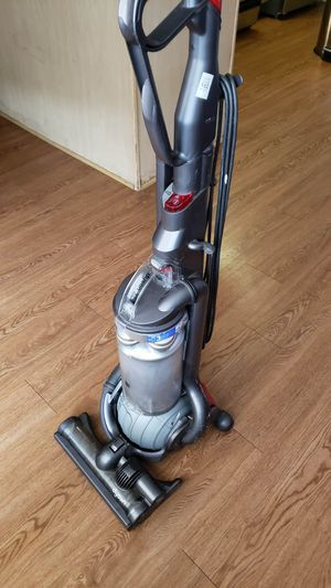 Dyson DC25 All Floors Vacuum for Sale in Santa Monica, CA