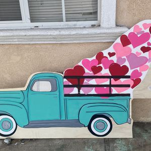 Valentine's Door Hangers for Sale in Shafter, CA
