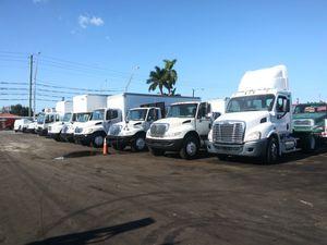 Camiones de todo tipo trucks any zize cash o finansiamiento disponible for Sale in Miami, FL