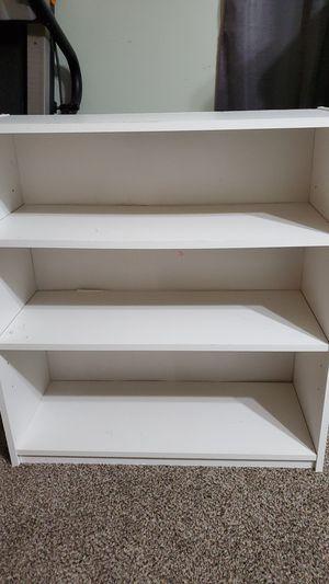 Small book shelf for Sale in Powdersville, SC