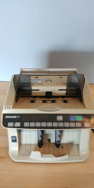Magner 95 currency bill cash counter for Sale in Sunbury, OH