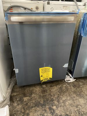 FRIGIDAIRE STAINLESS STEEL DISHWASHER for Sale in Santa Ana, CA