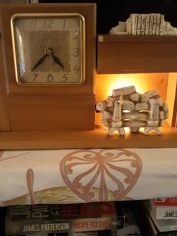 United Fireplace Clock for Sale in Dudley,  MA
