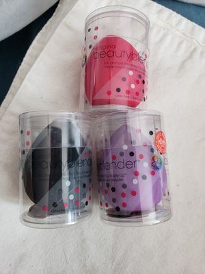 Set of 3 beauty blenders for Sale in Tamarac, FL