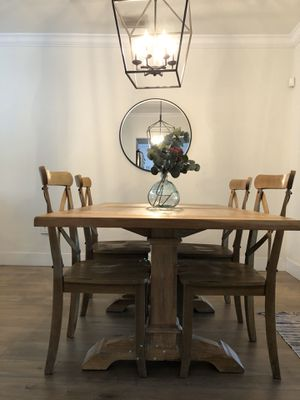 Dining table and chairs for Sale in Miami Springs, FL