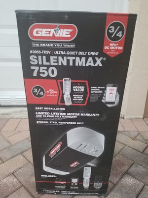 Brand New! Never Opened! Garage Door Opener. for Sale in Miami, FL