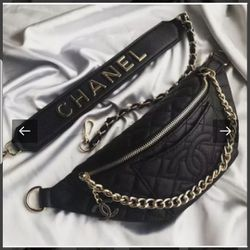 New Chanel black leather quilted waist bag for Sale in Pacifica,  CA