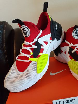 NIKE SIZE 10 FOR MEN for Sale in Highland, CA