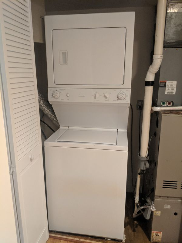 GE Washer/Dryer center for sale