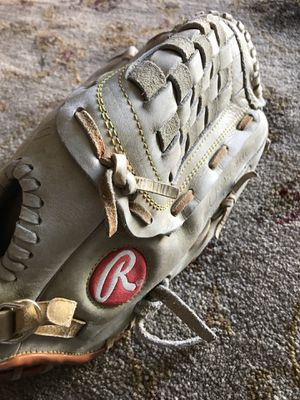 Baseball glove Size 13 for $10 Firm!!! for Sale in Burbank, CA