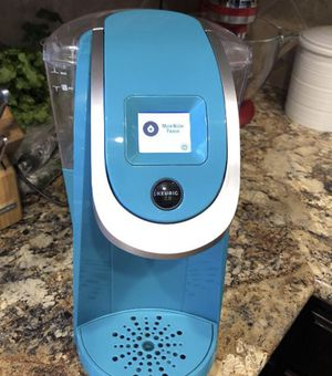 Beautiful Keurig 2.0 Excellent condition for Sale in Brentwood, NC