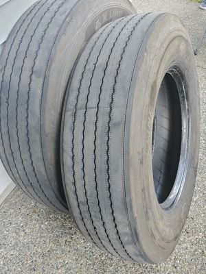 Michelin X Line Energy Z Steer tire. 16 ply semi truck tire for Sale in Renton, WA