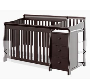 Baby crib like new comes with mattress and sheets for Sale in Crowley, TX