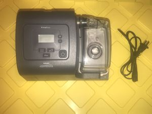 Phillips Respironics Sleeepeasy C-flex Cpap Machine one 2.8 hours of use for Sale in Miami, FL