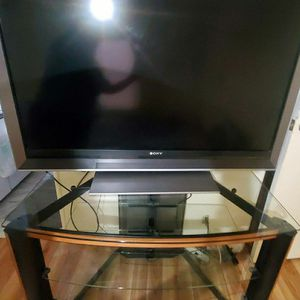 "TV STAND ""BELL' O & TV 52 INCH for Sale in Lakeland, FL"
