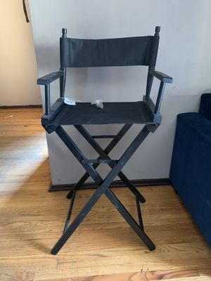 Make up chair for Sale in La Puente, CA