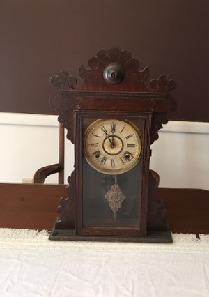 Old clock unknown age for Sale in Greenville, SC