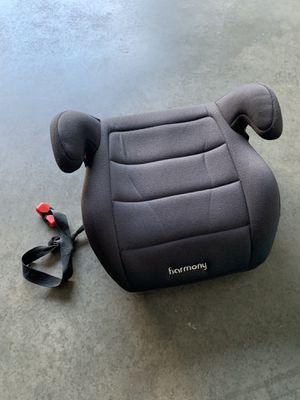 Booster Seat for Sale in Tyrone, GA