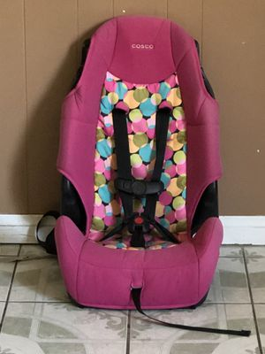 2 in 1 CAR SEAT AND BOOSTER SEAT for Sale in Riverside, CA