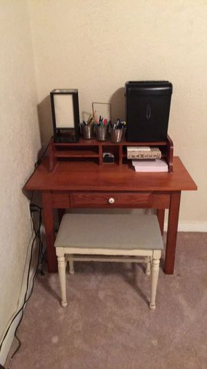 Desk with stool for Sale in Saint Francisville, LA