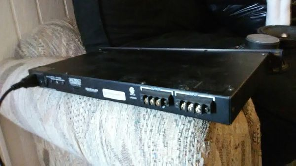 32 band pro eq audio equalizer rack mount ready