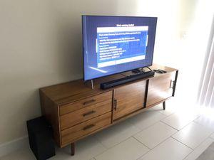 55 inch Samsung Smart TV 4K HDR UN55KS800D plus Samsung Sound Bar for Sale in Cooper City, FL