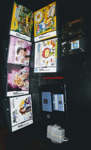 NINTENDO 2DS AND 8 GAMES for Sale in MONTGMRY, IL