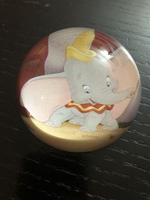 NIB Disney Parks Dumbo paperweight for Sale in Miami, FL