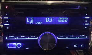 Kenwood double din car cd with Bluetooth for Sale in Glenshaw, PA