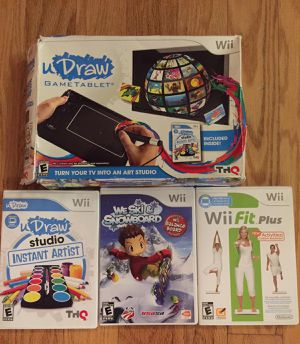 Three Wii games and balance board for Sale in Tampa, FL