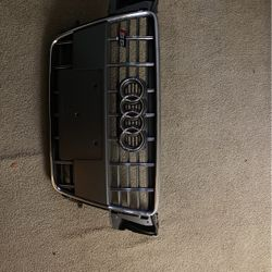 Audi S5 Grill for Sale in Fort Washington,  MD