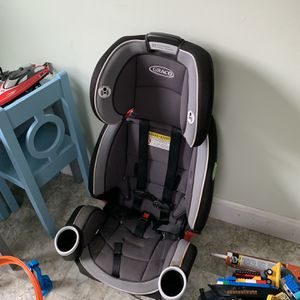 Graco Booster/Car Seat for Sale in Salem, MA