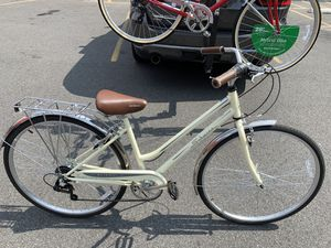 "Schwinn Gateway vintage 28"" 700c wheels Great bike For city for Sale in The Bronx, NY"