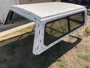 Small camper shell(snug top) for Sale in Highland, CA