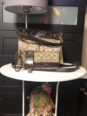 Coach bundle 100% authentic for Sale in Silver Spring, MD