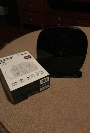 Belkin ac1200 wireless router w/ WiFi extender for Sale in Greensburg, PA