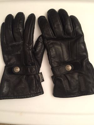 Motorcycle gloves for Sale in Fontana, CA