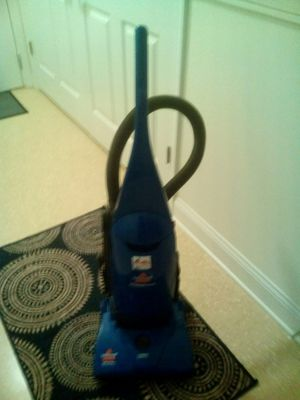 Vacuum cleaner for Sale in High Point, NC