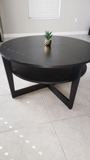 Ikea round coffee table for Sale in Tampa, FL