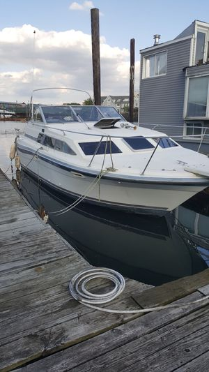 1986 Bayliner 28 Ft Cabin Cruiser for Sale for sale  Brooklyn, NY