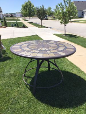 Beckham Steel Bacony height outdoor dining table for Sale in Oconomowoc, WI