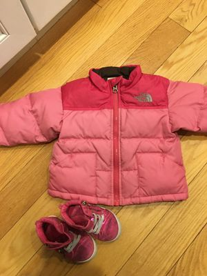 THE NORTH FACE BABY 6-12 MONTHS shoes s 4 for Sale in Buffalo Grove, IL