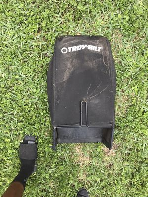 Troy Built lawnmower bag for Sale in Miami, FL