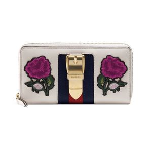 Gucci Sylvie Continental Wallet for Sale in Fresno, CA